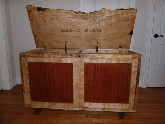 slab top memory chest